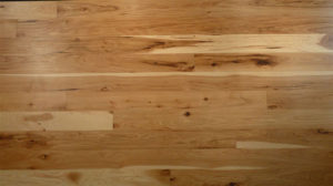 Solid Hickory wood floor Madera grade